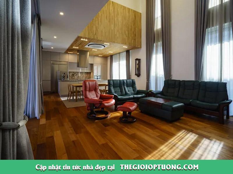 Nhà gỗ 2 tầng với nội thất hiện đại đẹp như trong cổ tích