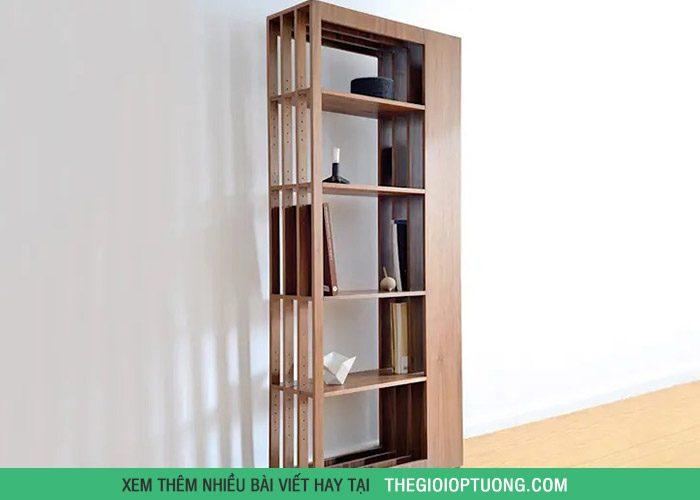 Chiếc tủ khá mỏng, không chiếm nhiều diện tích nhưng lại có thể thoải mái điều chỉnh các kệ tủ một cách dễ dàng.
