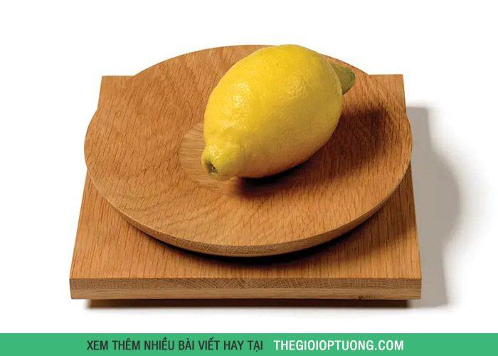 Có kiểu dáng đơn giản, tinh tế và sử dụng vật liệu gỗ tự nhiên và rất bền, bạn sẽ có những trải nghiệm tuyệt vời trong căn bếp!