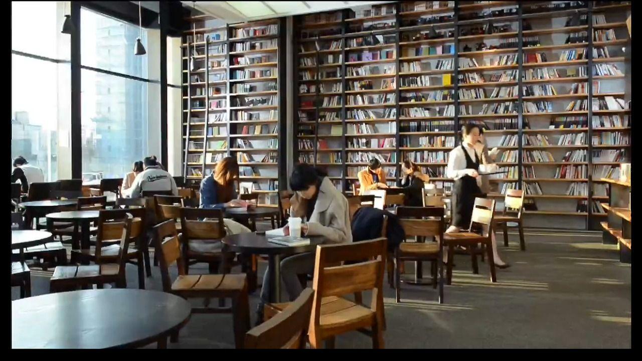Trang trí quán cà phê sách kiểu hiện đại và cổ xưa