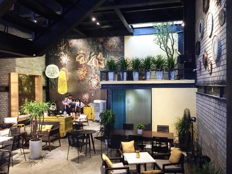 Cách trang trí quán cafe không gian hẹp giúp nới rộng diện tích