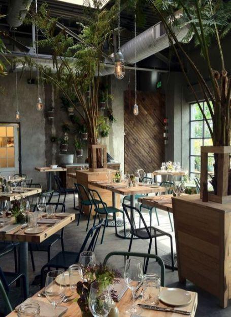 Các cách trang trí quán cà phê lạ thu hút khách hàng