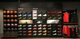 Hướng dẫn cách trang trí cửa hàng giày với ốp tường 3D
