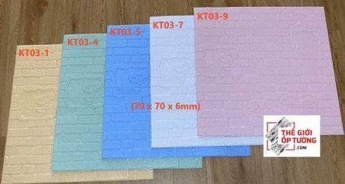 Tấm xốp dán tường màu trơn hoạt hình phòng bé 01
